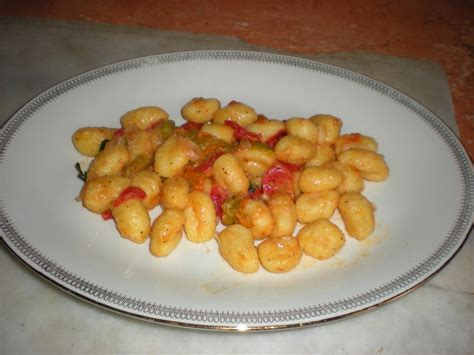 gnocchi con fiori di zucca ricetta gnocchi ai fiori di zucca calorie e valori