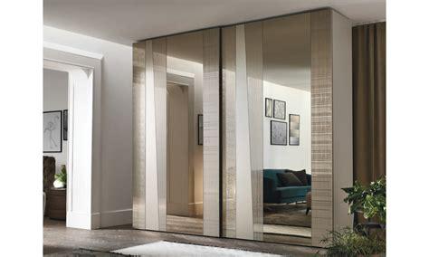 armadi moderni scorrevoli armadio con specchio di design tomasella