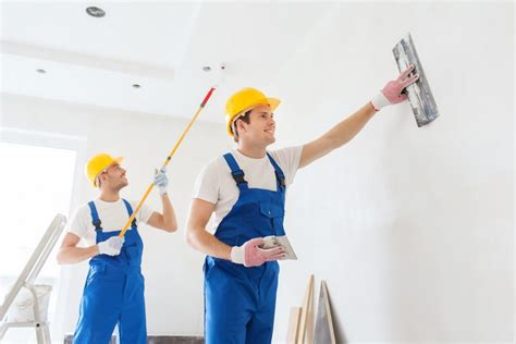 Paint Colors For House by Top 6 Reasons Why You Should Hire A Professional Painter