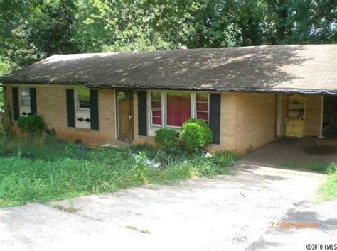 2018 alpine ln gastonia carolina 28054 foreclosed