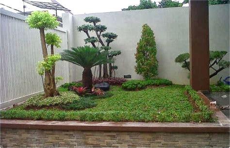 desain taman depan rumah sederhana 68 desain taman rumah minimalis mungil lahan sempit