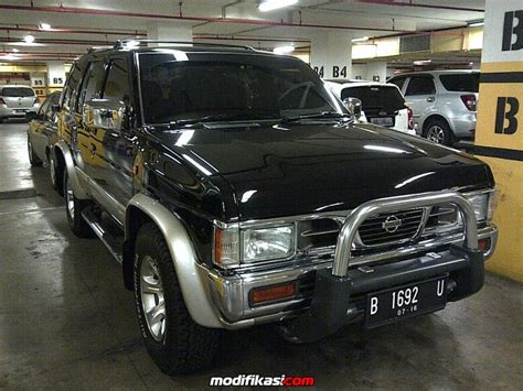 Cover Ban Mobil Terano Nissan jual for sale nissan terrano kingsroad f1 2001 at mint