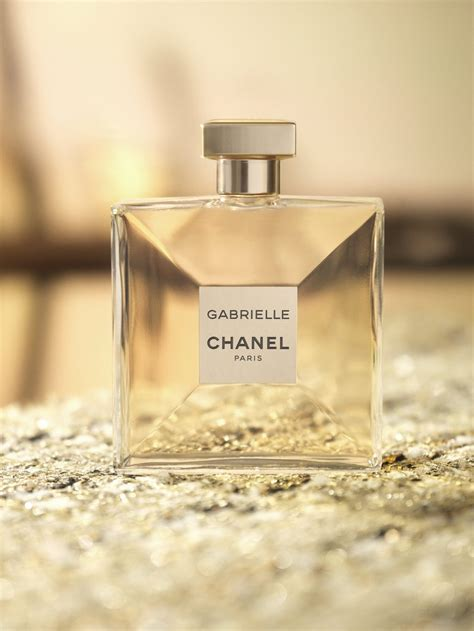 Mademoiselle Parasuco Sf Launch by What You Need To About Chanel S New Perfume Savoir