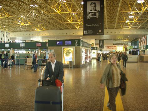 malpensa express porta garibaldi file malpensa airport terminal jpg wikimedia commons