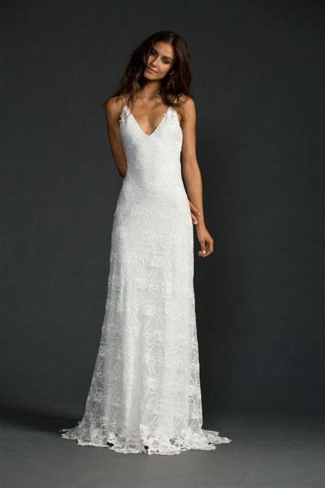 how to dress minimalist casual wedding dresses for the minimalist wedding