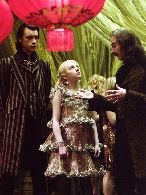 film saat natal lima kostum paling ikonik di film harry potter yang bikin