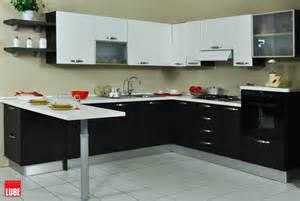 Bella Cucina Lube Prezzo #1: cucina-lube-noemi-ad-angolo-con-penisola-prezzo-occasione_O1.jpg