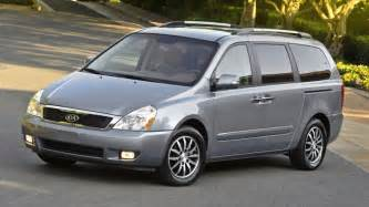 Kia Caravan Kia Recalls 98 000 Sedona Minivans For Suspension