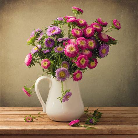 Make Roses Last Longer In Vase by 6 Easy Diy Ways To Make Cut Flowers Last Longer