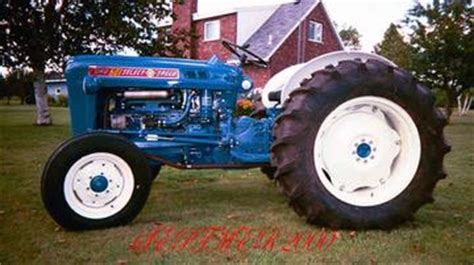 ford  antique tractor