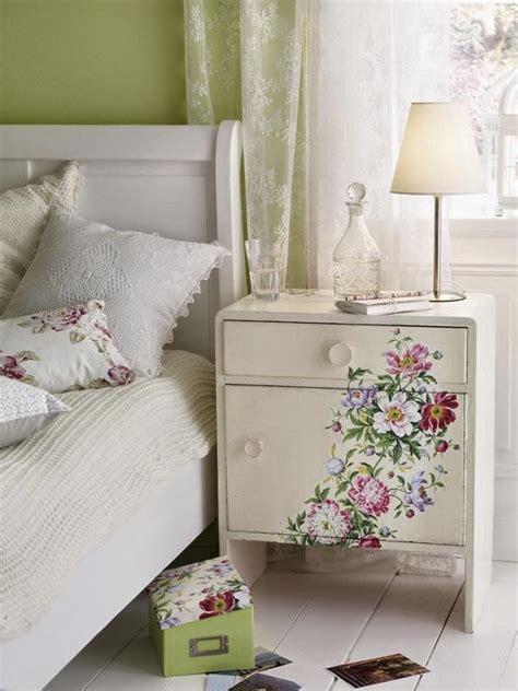 decoupage mueble muebles decorados con decoupage