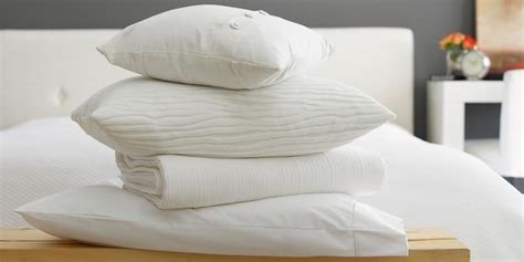 how to wash bed pillows how to clean pillows washing down and feather bed pillows