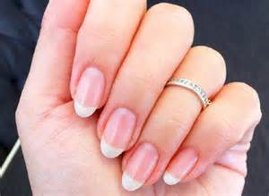 nail designs that complement a natural look