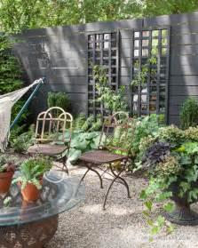 Backyard Lattice Structures Diy Mirrored Trellis Design Sponge