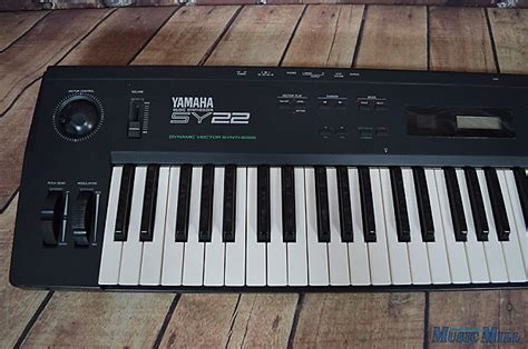 Keyboard Yamaha Sy22 yamaha sy22 vector synthesizer reverb