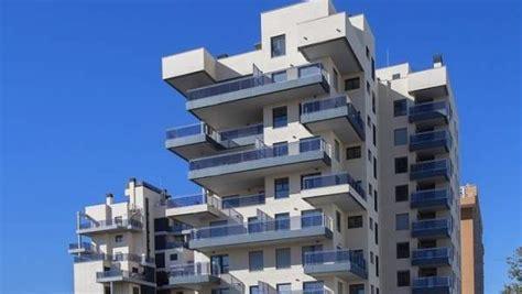 viviendas de banco malo el banco malo entrega sus primeras 65 viviendas