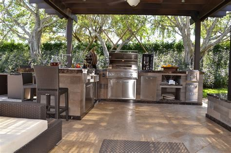 Outdoor Kitchen And Pergola Project In South Florida Florida Patio Designs