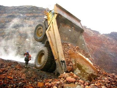 Rakitan Mining 1 By Xtreme System heavy machinery accidents mishaps and other interesting