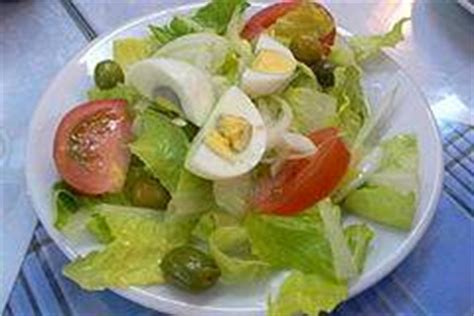 come calcolare le kcal di un alimento quante calorie ha un insalata innatia it