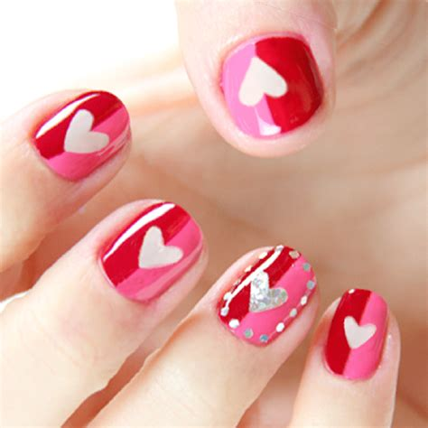 fall in love with 11 s day nail art designs
