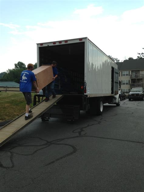cost of moving 1 bedroom apartment moving costs for a one 1 bedroom apartment movers autos post
