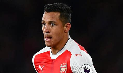 alexis sanchez staying at arsenal transfer news sanchez to stay at arsenal man united