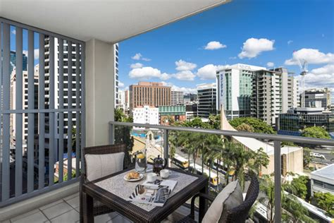 Serviced Appartments Brisbane by Brisbane Cbd Hotels Serviced Apartments At Oaks Lexicon