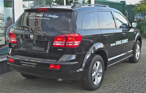 a dodge journey file dodge journey 2 0 crd sxt rear jpg wikimedia commons
