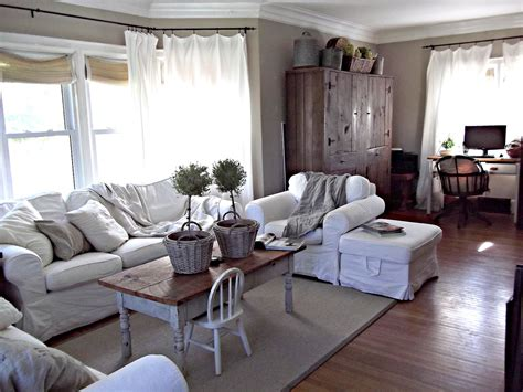 rustic farmhouse in the livingroom today