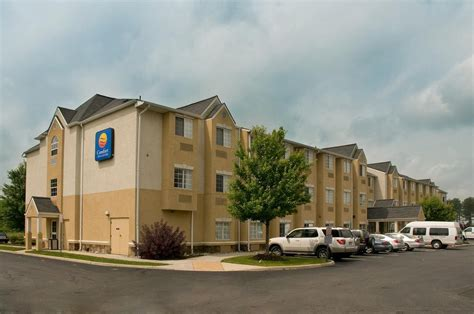 comfort inn and suites dulles comfort inn suites airport dulles gateway 32 photos