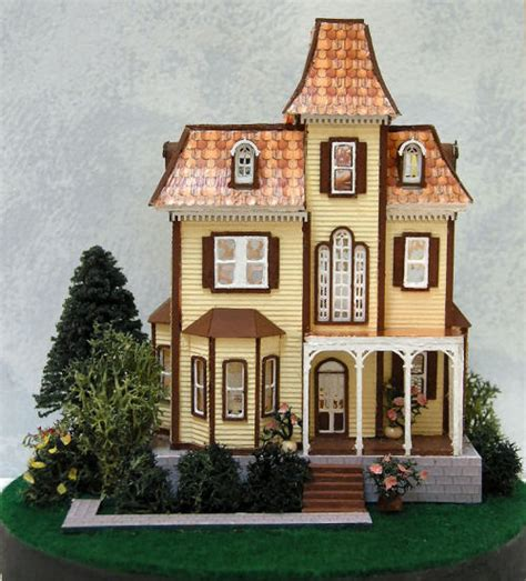 The Doll House Castle Hill 28 Images 1000 Ideas About Beacon Hill Dollhouse On