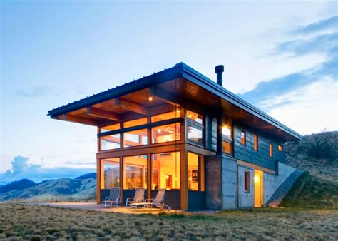 solar home passive solar nahahum cabin overlooks dramatic canyon