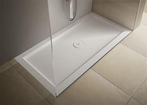 piatto doccia piccole dimensioni piatti doccia a filo per un bagno trendy cose di casa