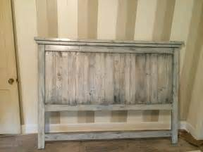 Shabby Chic King Bed by Diy Pallet Wood Farmhouse Style Headboard 101 Pallets