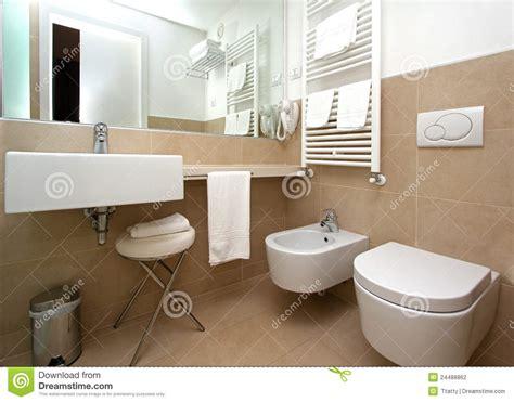 beige badezimmer modernes beige badezimmer stockfotografie bild 24488862