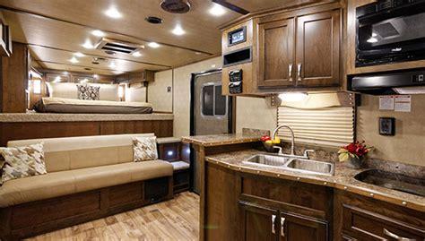 living quarters bedding horse trailers horse trailers with living quarters 9821