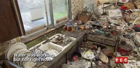 Gourmet Kitchen Hoarding Buried Alive by Why To Hoarding Buried Alive