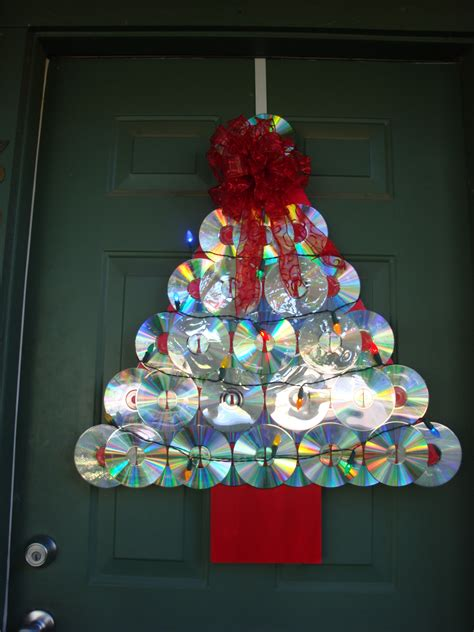 reuse recycle redecorate christmas tree door decoration