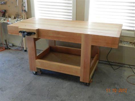 how to make work bench how to build a diy workbench dowelmax