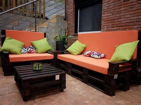 Pallet Cushion Ideas by Wooden Pallet Sofa Designs Recycled Things