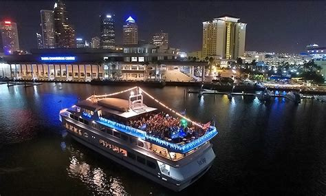 rock the boat queen of hearts nautical st petersburg wedding yacht starship