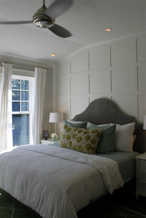 Wainscoting Ideas For Bedroom by The Wood Lattice Design On The Back Wall Gives A Wonderful