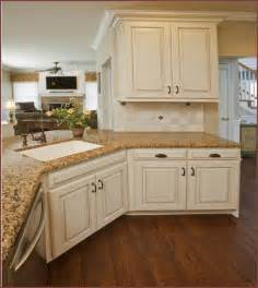 Kitchen Cabinets And Granite Antique White Kitchen Cabinets With Granite Countertops