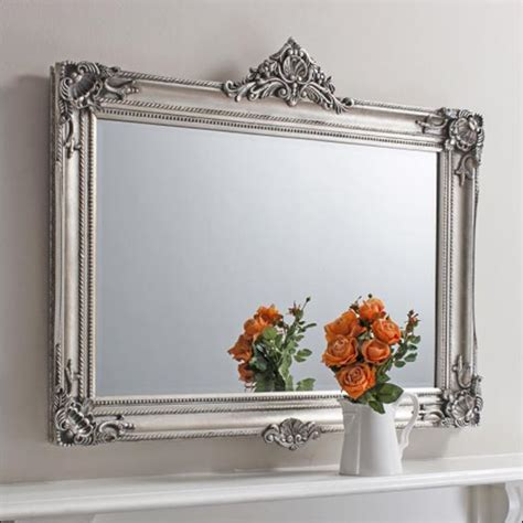 Antique looking mirrors add a little classic touch to your room homesfeed