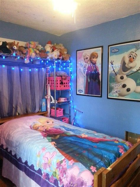 frozen room ideas frozen bedroom kamer ilse frozen fabrics