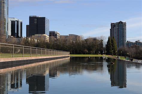 bellevue park file bellevue wa downtown park 01 jpg wikimedia commons