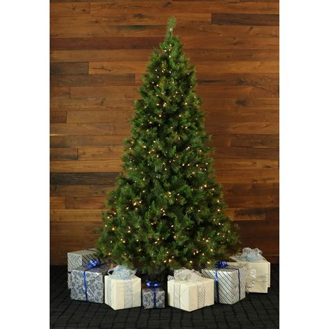 9 ft canyon pine christmas tree with smart string