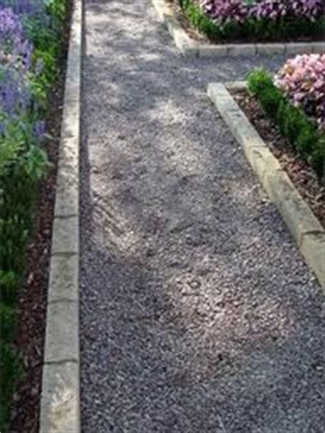 Gravel Yard Near Me 25 Best Ideas About Gravel Walkway On Hedges