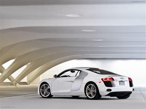 Audi V8 4 2 by Audi R8 V8 4 2 Fsi Quattro 2011 Car Image 04 Of