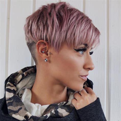 top hair trends  follow  year transform